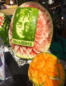 Carving of John Lennon's portrait by Ruben Arroco